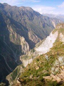 widok na kanion Colca z okolic Cabanaconde