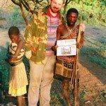 JF z wodzem plemienia buszmenów  w Tanzanii