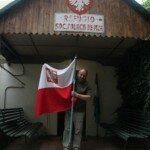 JF przed polskim schroniskiem w Andach