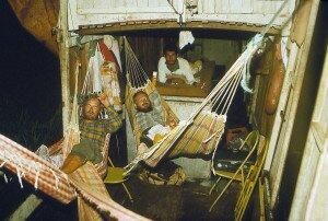 na barce nie było łóżek, spaliśmy w hamakach