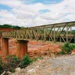 most na Czerwonej Rzece