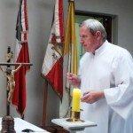 ksiądz Andrzej odprawia polską mszę świętą w Santiago de Chile